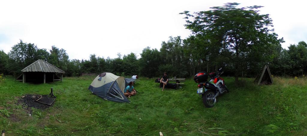 Danimarka' da kamp ve motosiklet