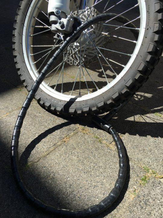 Motosiklet zincir koruma